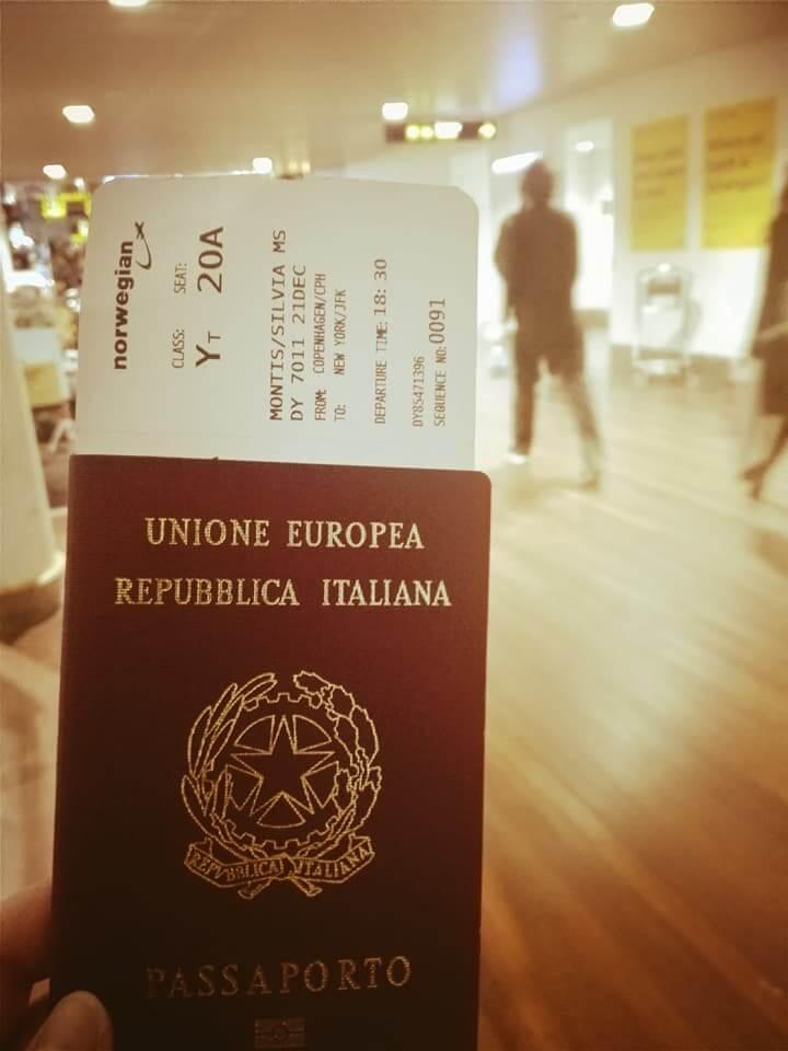 passaporto e volo per New York