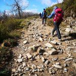 viaggiare-zaino-in-spalla-cammino-di-Santiago-montagna