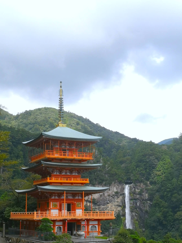 viaggiare-zaino-in-spalla-kumano-nachi-taisha-pagoda