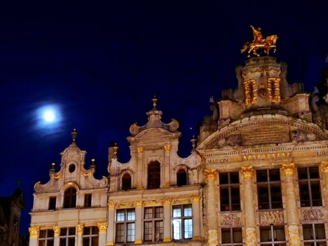 viaggiare-zaino-in-spalla-bruxelles-by-night-3