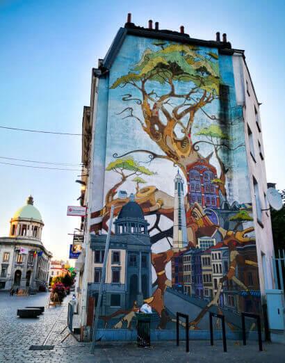 viaggiare-zaino-in-spalla-murales-bruxelles-3