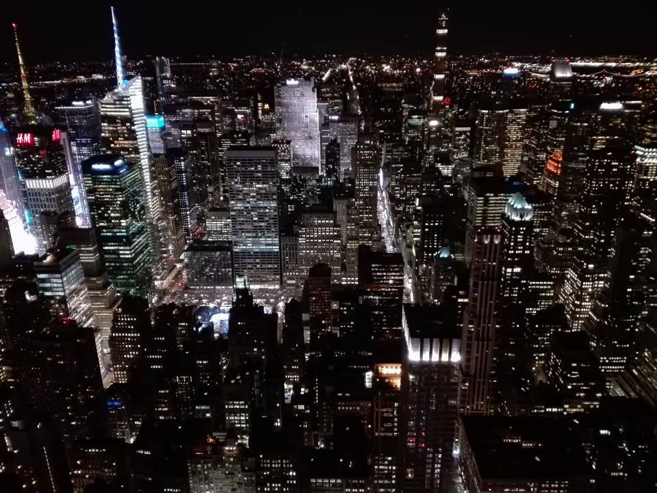 viaggiare-zaino-in-spalla-viaggio-a-new-york-empire-vista-manhattan-by-night