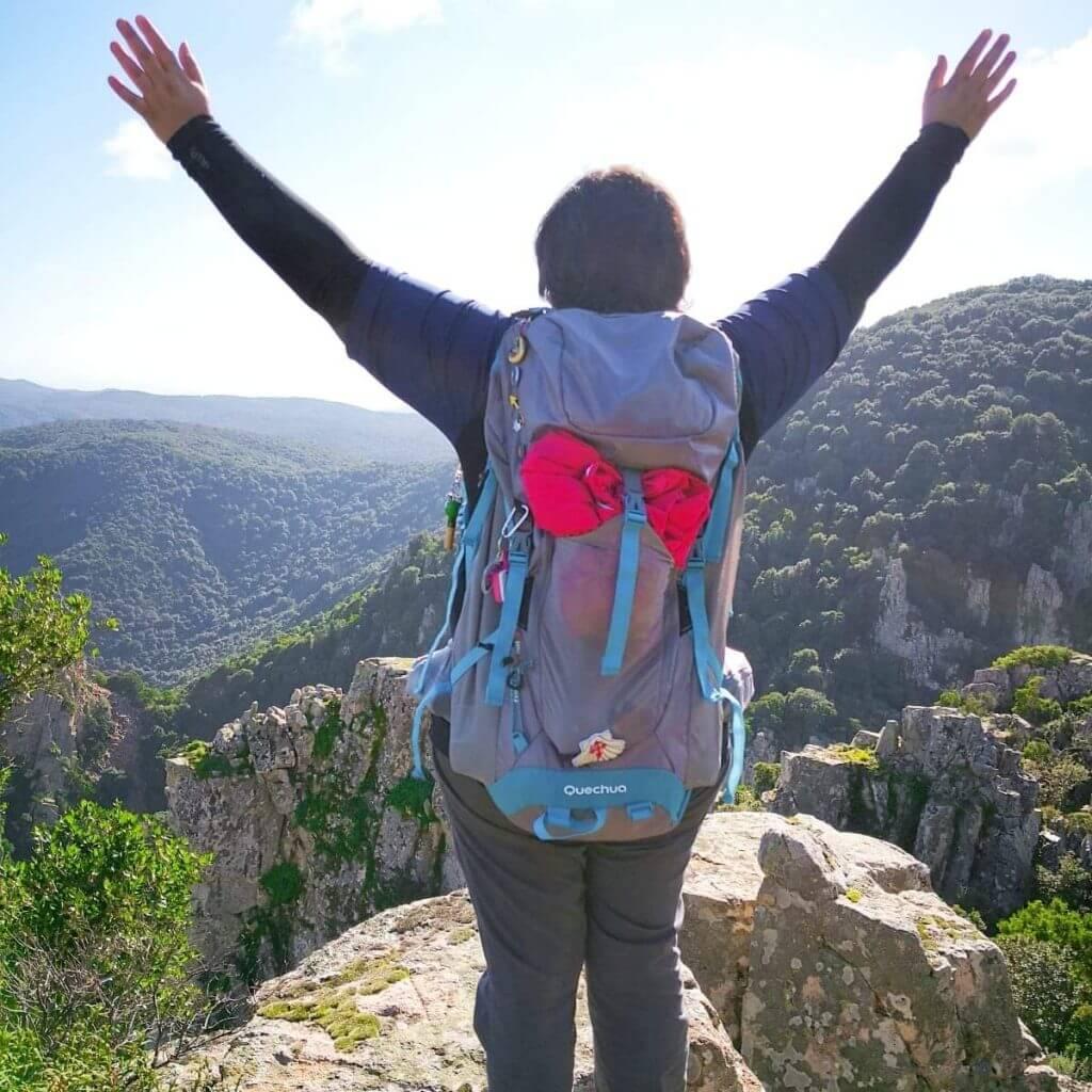 viaggiare-zaino-in-spalla-viaggiare-ci-rende-felici
