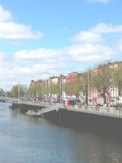 viaggiare-zaino-in-spalla-dublino-panorama-fiume-liffey