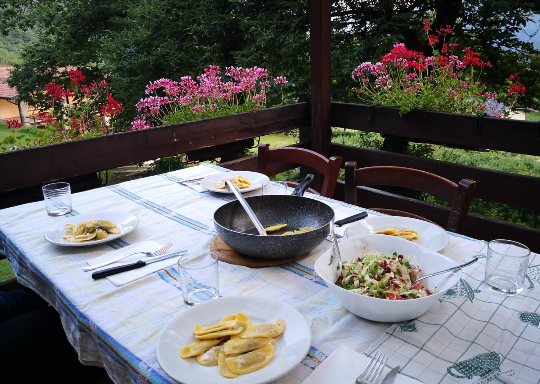 la cena in agriturismo il riccio a grevo