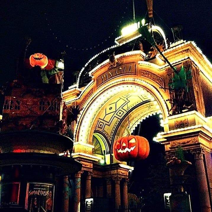 viaggiare-zaino-in-spalla-halloween-danimarca-tivoli-garden-1