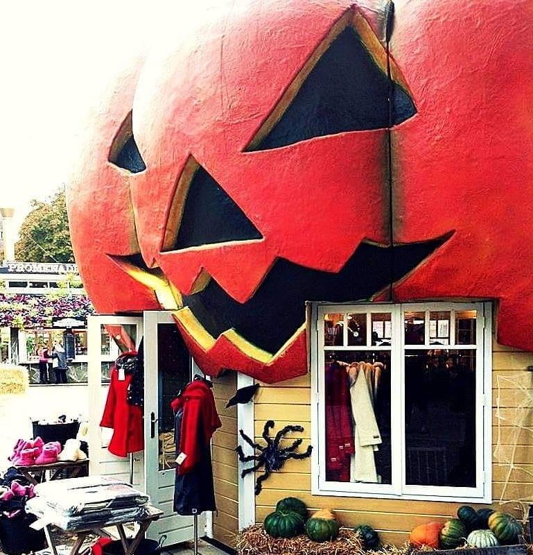 viaggiare-zaino-in-spalla-halloween-danimarca-tivoli-garden-4