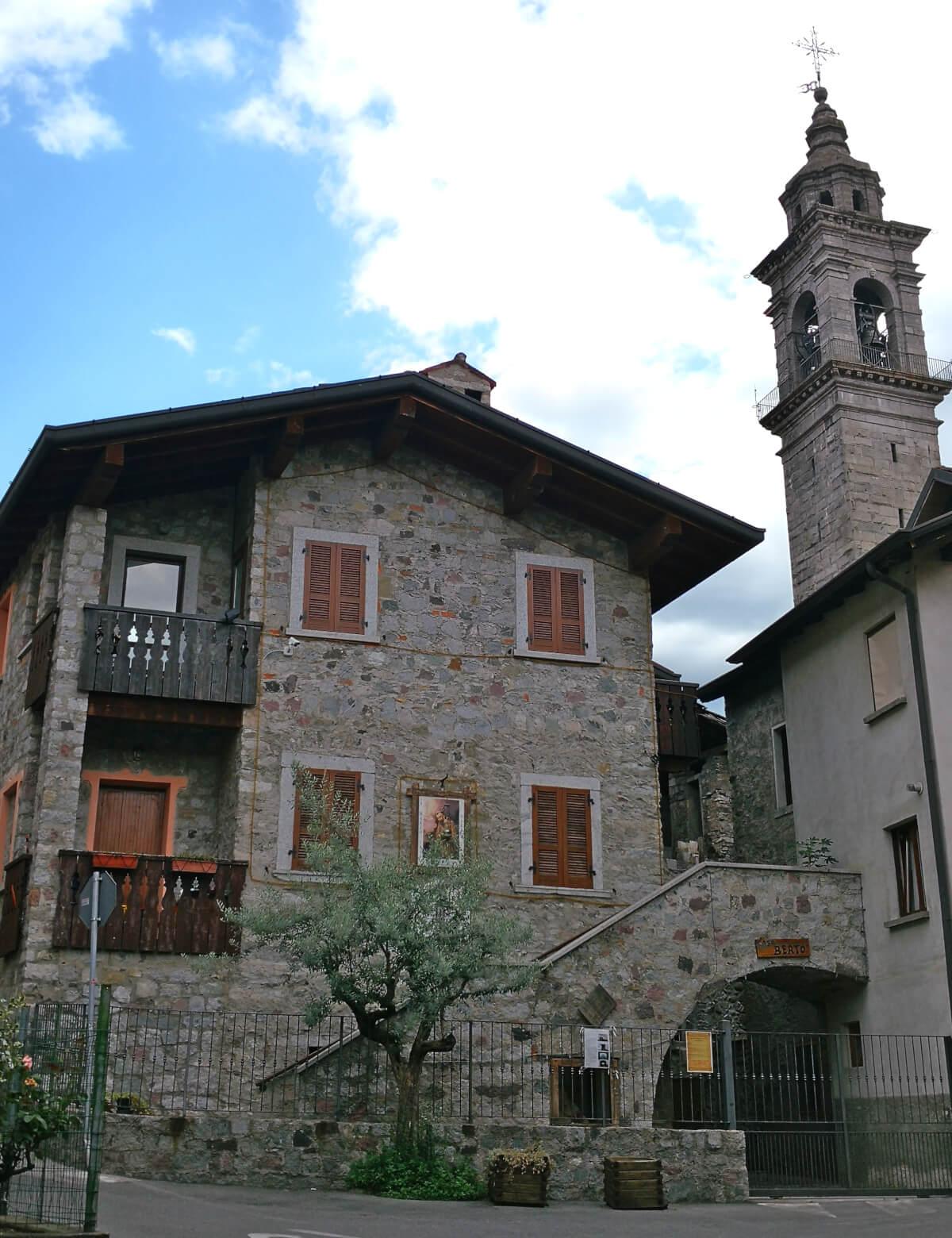 viaggiare-zaino-in-spalla-borgo-di-berzo-inferiore-4