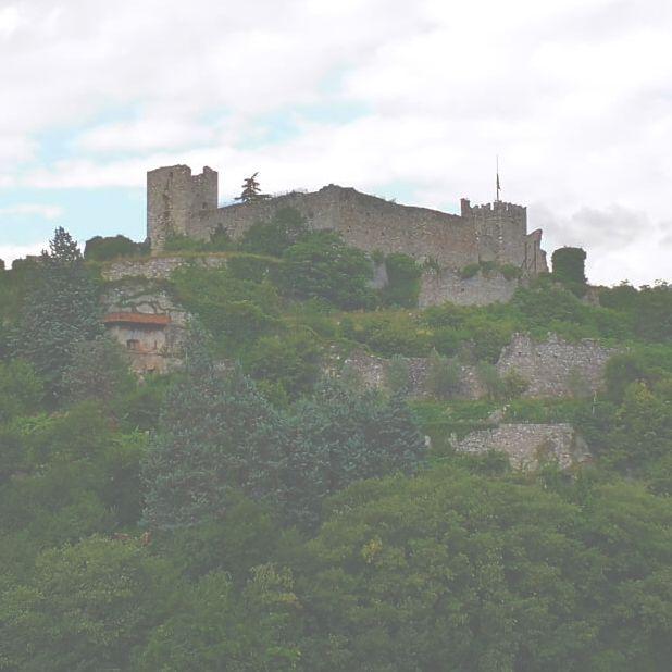 viaggiare-zaino-in-spalla-il-castello-di-breno banner