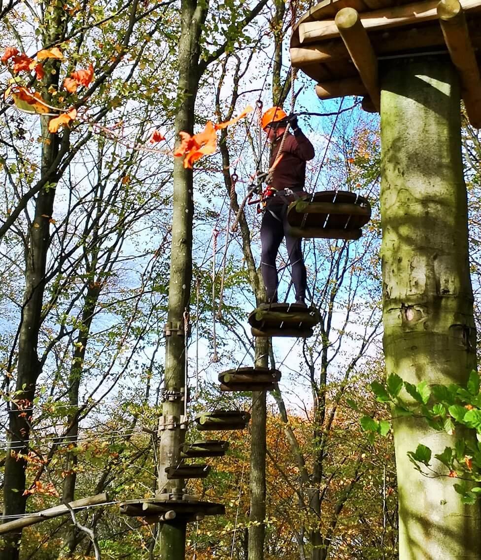 viaggiare-zaino-in-spalla-percorso-arrampicata-camp-adventure-danimarca-1