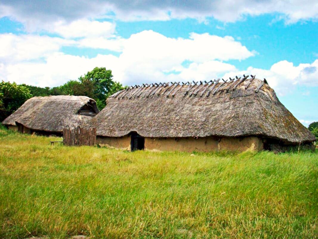 Lejre denmark viking huse