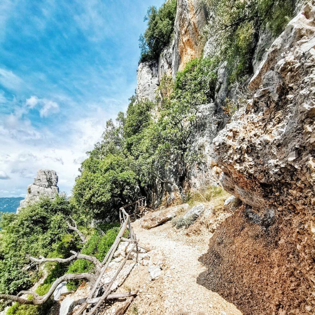 ogliastra-trekking-a-baunei